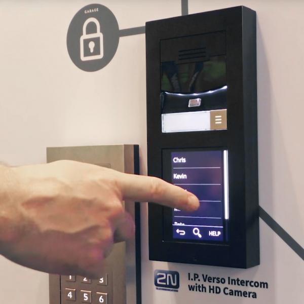 Cie Av Solutions 2n Ip Verso Intercom Touchscreen